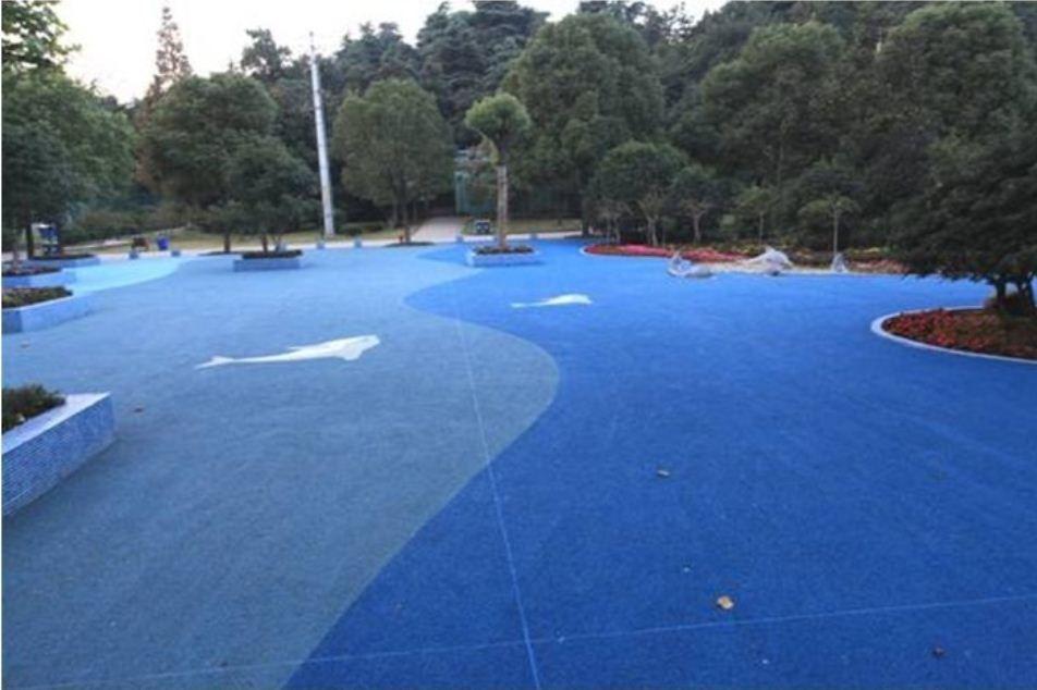游乐园彩色透水混凝土